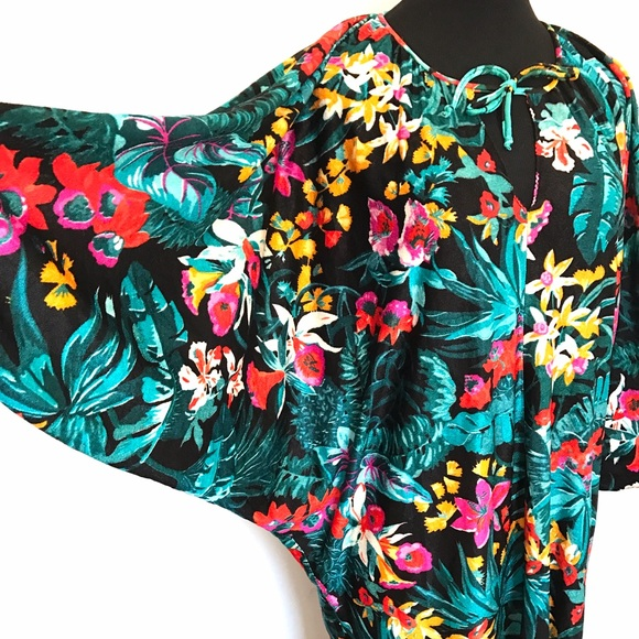 Vintage Dresses & Skirts - Vintage 70's Floral House Dress