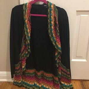 Double Zero brand black and crochet open top - M