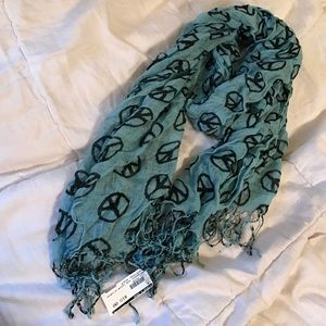 Peace sign scarf with tags