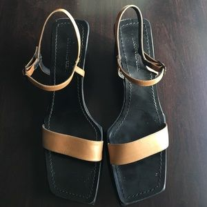Banana Republic Shoes - Preowned Banana Republis wedges