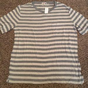 Gap medium maternity grey/white pocket tshirt