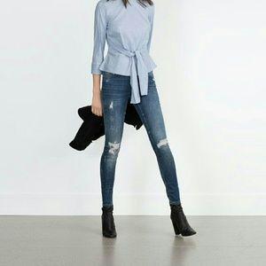 Zara Denim - ✨HP✨  ZARA mid rise jeans