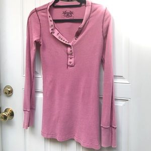Free People long sleeved buttoned v neck - pink