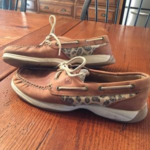 Sperry Shoes - Women's size 8 Sperry's