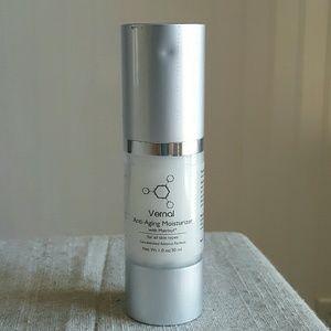 Vernal Other - Vernal Anti-Aging Moisturizer Cream w Vitamin C