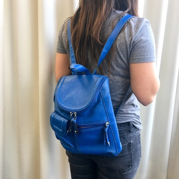 41ce108162 Blue Tignanello Leather Backpack. M 589e595a291a3545cc0332b9