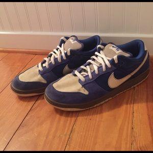 Nike Other - Nike Dunk Low Pro SB