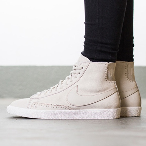 best service a2f2f c6d7b Nike Blazer Mid suede/shearling high-top sneakers NWT