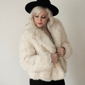 Jackets & Blazers - SOLD - Cream Vintage Faux Fur Coat