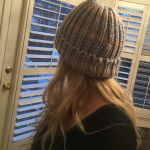 bda3648ed95 Anthropologie Accessories - Madison 88 from anthropologie thick knit beanie
