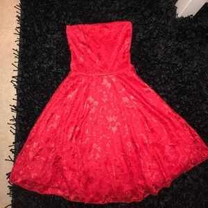 Boohoo Dresses & Skirts - homecoming flower dress