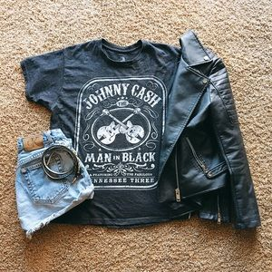 Tops - Johnny Cash T-shirt