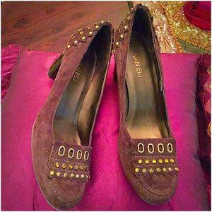 VanEli Shoes - 🎉HP🎉😉VanEli Suede Loafers W/Chunky Heels😉