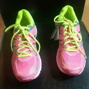 Asics Shoes - NWT!! Asics running sneakers!