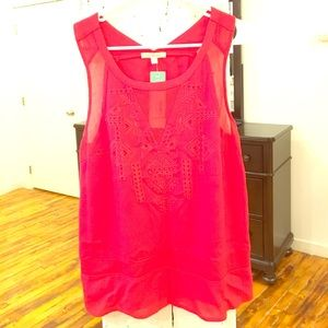 Skies Are Blue Red Embroidered Detail Top Size L
