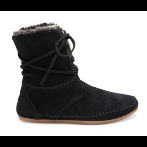 New Toms fur suede boots flat 8.5