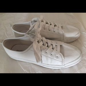 H&M Divided vegan faux leather white sneakers 7