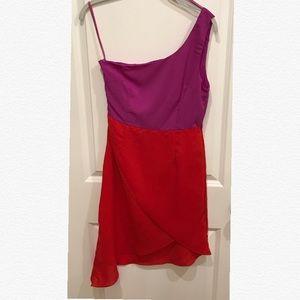 Ya Los Angeles Dresses & Skirts - Ya Los Angeles One Shoulder Color Block Dress