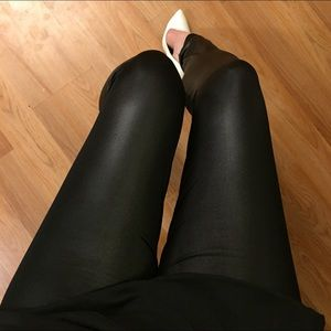 Pants - Faux Leather Highwaisted Ankle Leggings