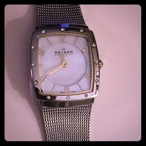 Skagen Accessories - SALE! Skagen Mother of Pearl watch--like new!