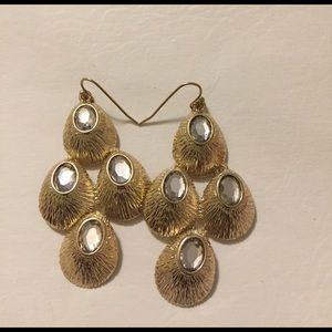 Jewelry - Vintage Gold Toned 3 Tier Peacock Feather Earrings