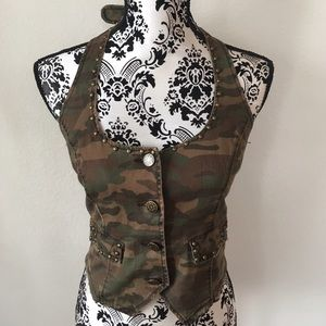 Dollhouse Tops - Camo halter top / vest