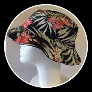 Hibiscus 🌺 Bucket Hat