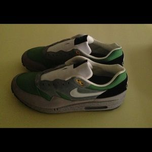 6521c7f8d8 Nike Shoes   New W Box Air Max 1 Skulls Pack   Poshmark