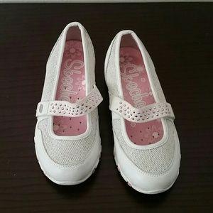 Skechers Other - Skechers sandals
