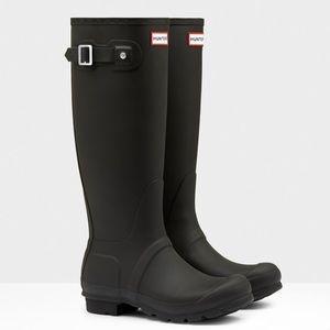 Hunter Shoes - Hunter Rainboots with Fleece Sock Insert
