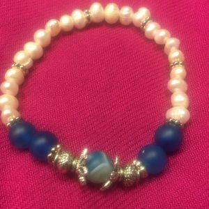 Jewelry - Fancy stretch bracelet. Casual to fancy.