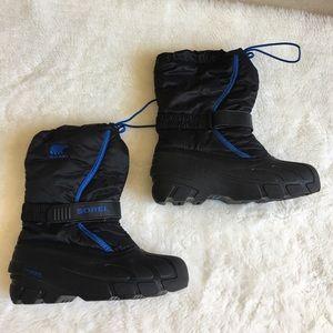 Sorel Other - Sorel Boys Snow Boots size 5