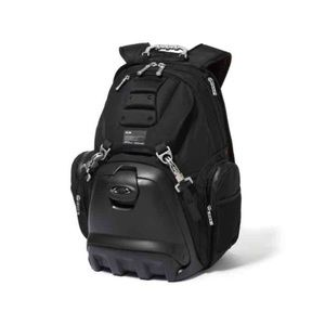 Oakley lunchpack backpack