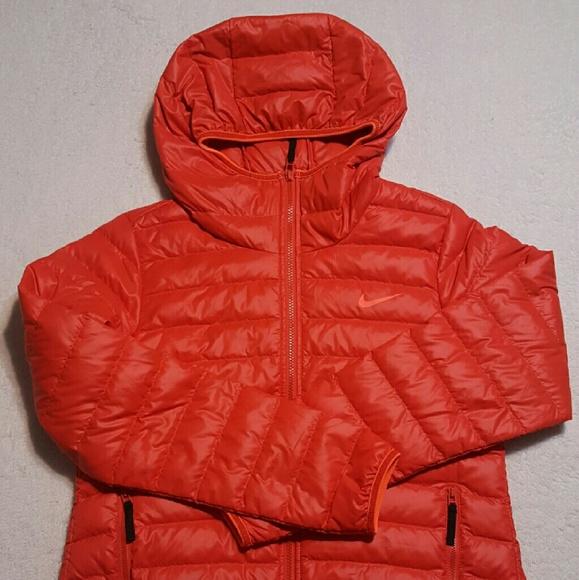 def11f202f45 Womens Nike Down Jacket Size Medium NWT