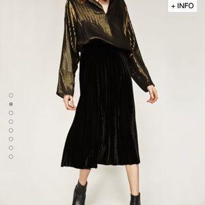 Zara Dresses & Skirts - 🆕Zara Pleated Velvet Skirt