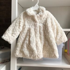 Mayoral Other - NWT 6-9 mos faux fur coat