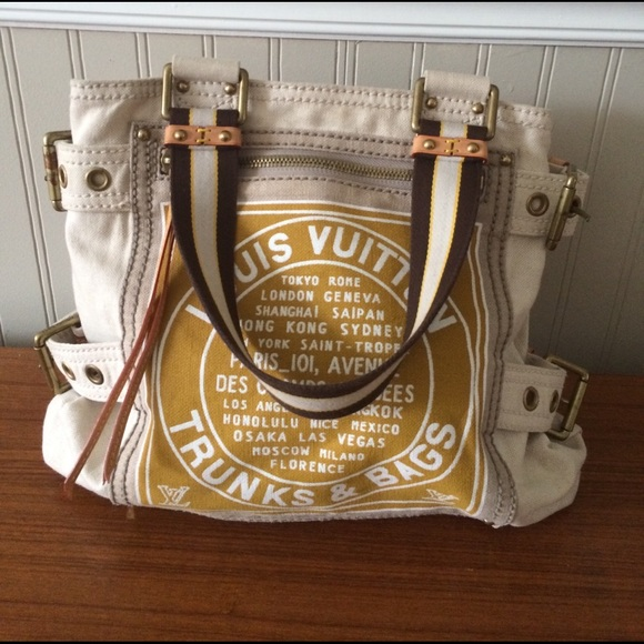 96d4ba701094 Louis Vuitton Handbags - Louis Vuitton Trunks   Bags ltd ed canvas tote