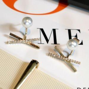 🆕 Pearl Studded Bar X Earrings