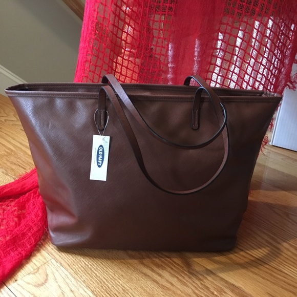 Old Navy Bags   Faux Leather Tote   Poshmark 95e6275c9d