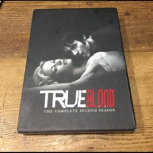Hot Topic Accessories - True Blood The Complete Second Season