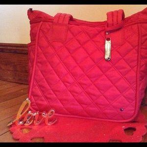 LeSportsac Handbags - ❤️Lesport sac quilted bag❤️
