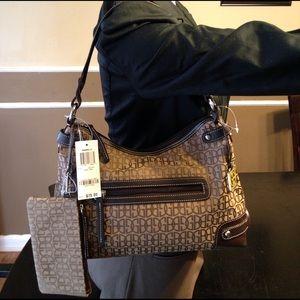 Giani Bernini Handbags - Giani Bernini Shoulder Bag NWT