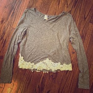 Paper Crane Tops - Paper crane lace appliqué long sleeve