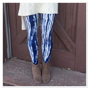 Infinity Raine Pants - ✨2 for 35 sale✨Blue Tie-dye print leggings OS