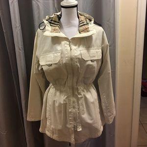 Price drop‼️Burberry jacket.