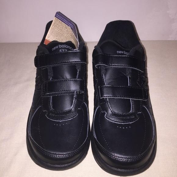 New Balance Womens WW577 VK Walking Sneaker Shoe Black Size 9 B US