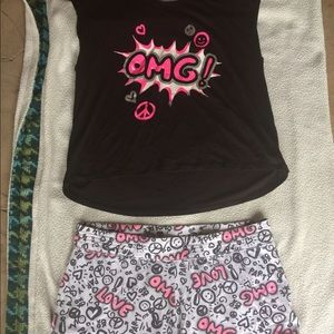 Adorable pjset!Women's size XL.Very good condition