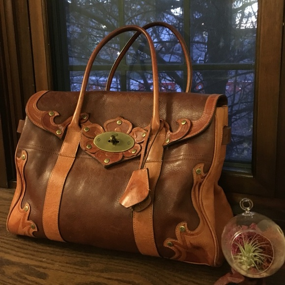 ... clearance mulberry handbags mulberry bayswater in tooled cocoa 1e66d  cc4e1 d09b5c8ad2b3e