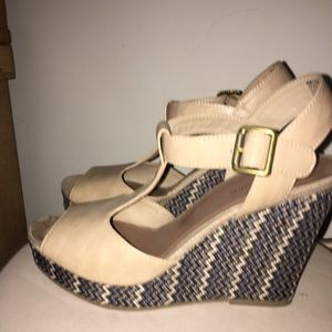 Shoes - Nude Wedges Sz 8