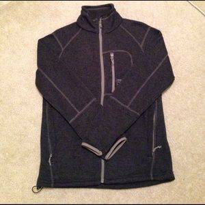 Avalanche Other - Men's gray and black sweater
